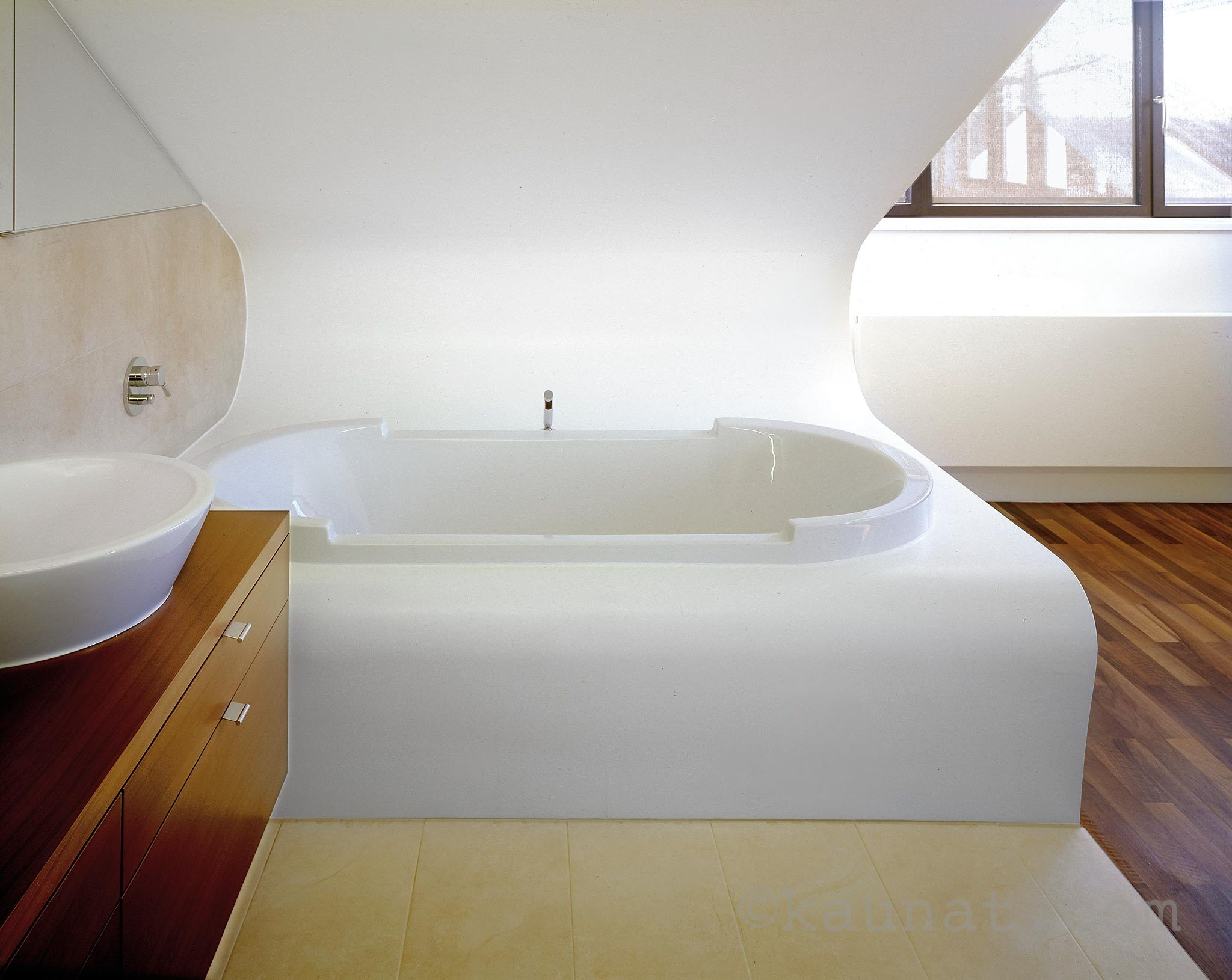 Funvit.com | Welche Farbe Passt Zu Grauen Möbeln Offenes Badezimmer Im Dachgeschoss